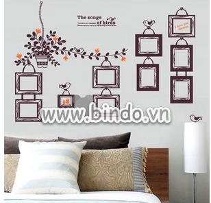 http://stc.bindo.vn//files/nhung-mau-decal-dan-tuong-khung-anh-moi-la-cho-phong-khach-5.png