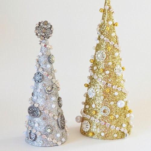 Làm cây thông Noel lấp lánh và rực rỡ đón noel