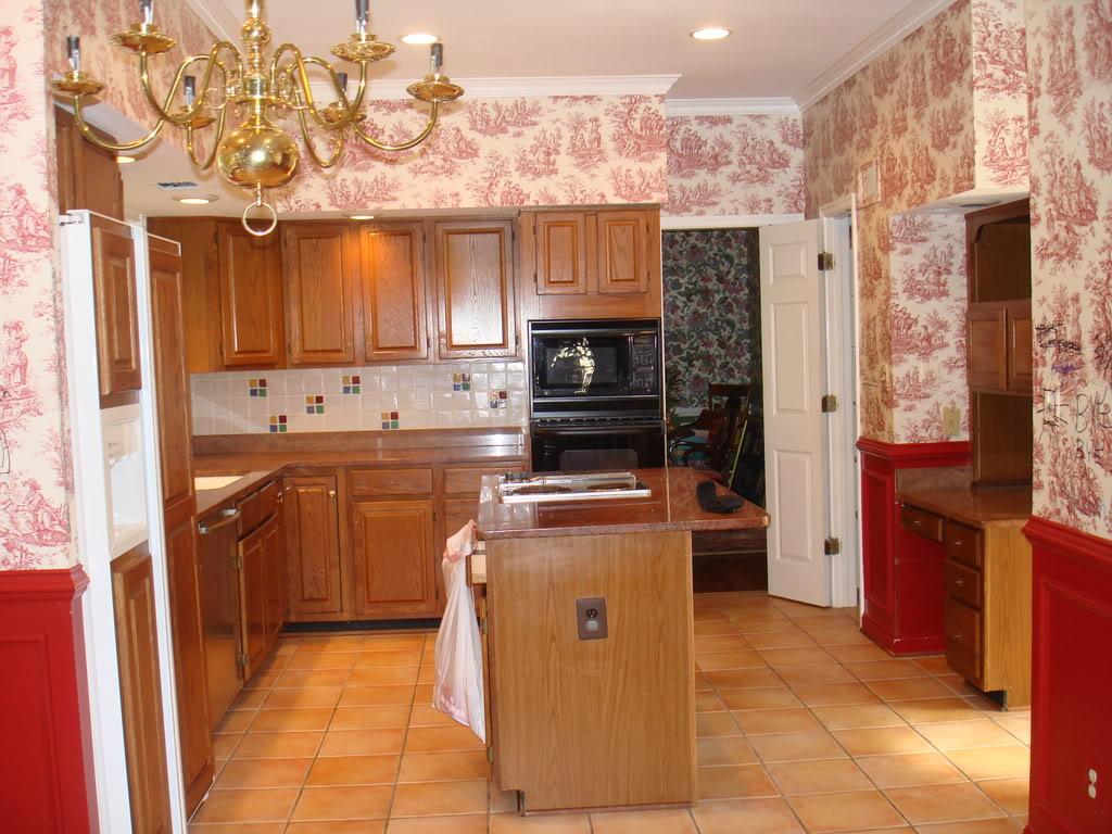 Thiết kế nội thất phòng bếp đẹp với giấy dán tường giá rẻ