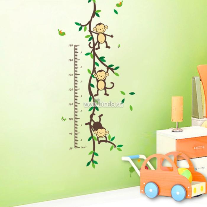 Decal dán tường Thước đo gia đình khỉ
