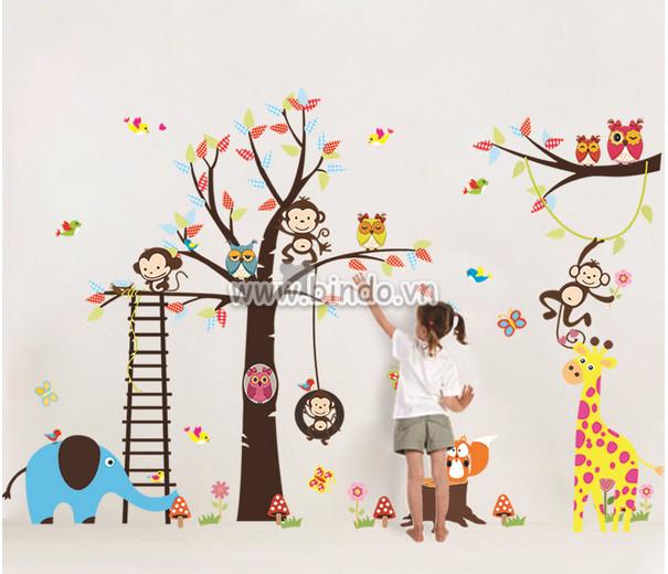 Decal dán tường Vườn thú to 10 hiệu Zooyoo