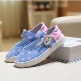 Giày cho bé gái màu xanh chấm hồng