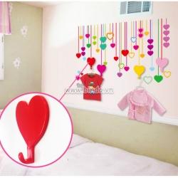 Decal dán tường Móc treo đồ trái tim sắc màu