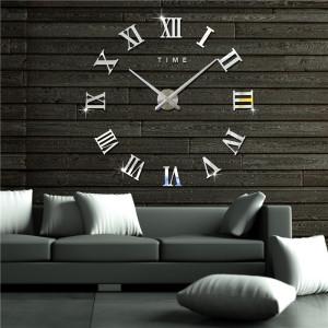 Decal dán tường Đồng hồ chữ số la mã khổ lớn màu bạc