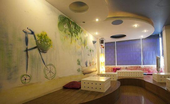 https://stc.bindo.vn//files/trang-tri-quan-cafe-bang-tranh-va-giay-dan-tuong-3.jpg