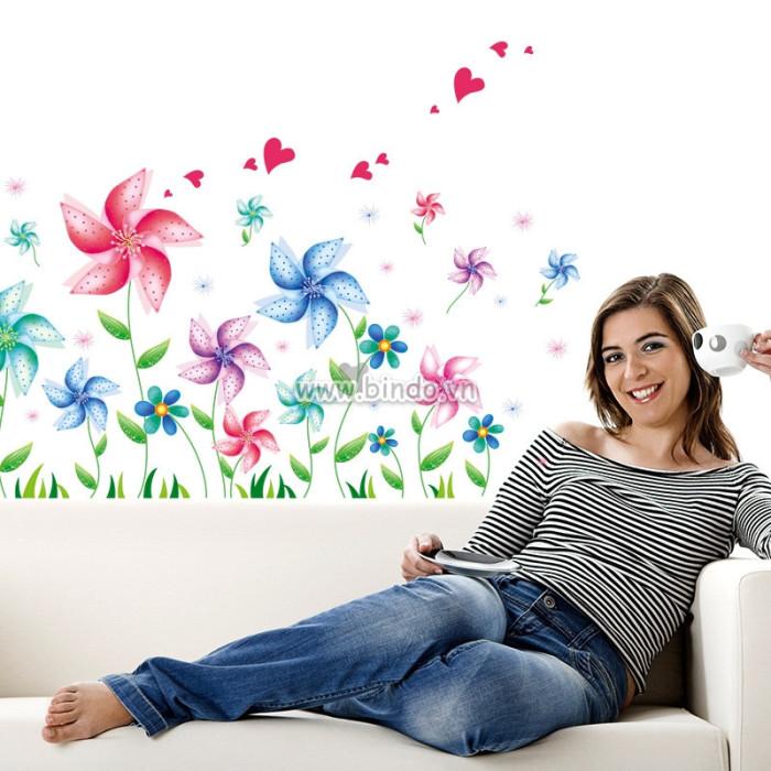 Decal dán tường Hoa 5 cánh sắc màu