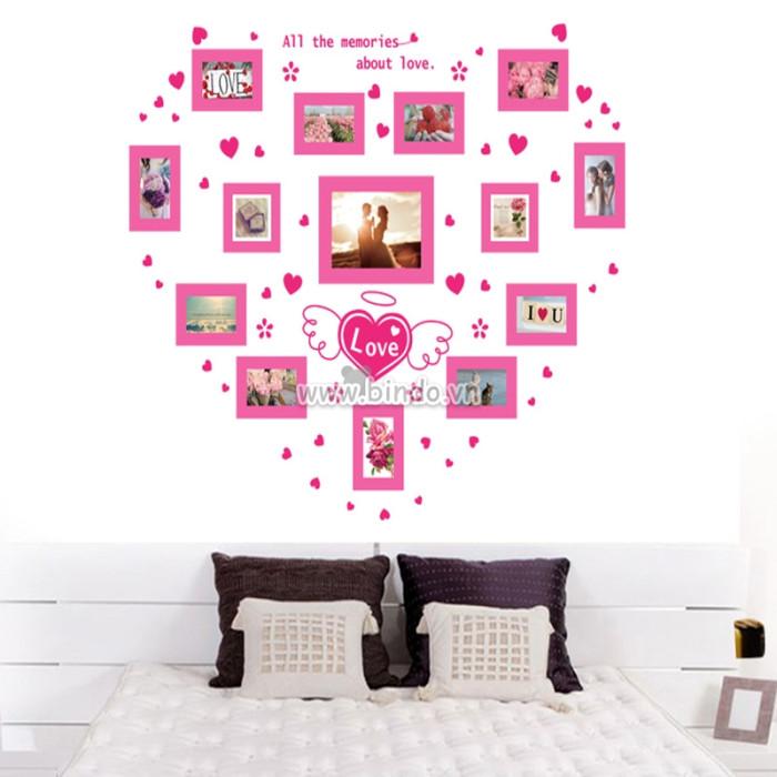 Decal dán tường Khoảnh khắc tình yêu