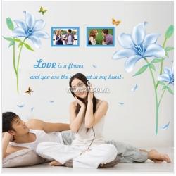 Decal dán tường Hoa ly xanh