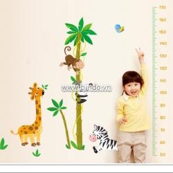 Decal dán tường Thước đo vườn thú 2
