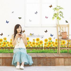 Decal dán tường Chân tường hoa hướng dương 2