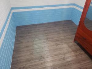 Xốp dán tường xanh da trời